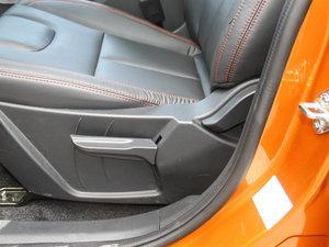 2017款1.6L CVT旗舰型 座椅调节