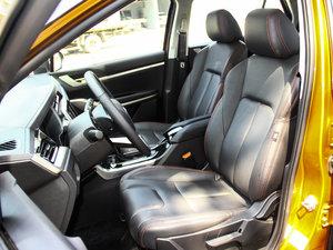 2017款1.6L CVT旗舰型 前排座椅