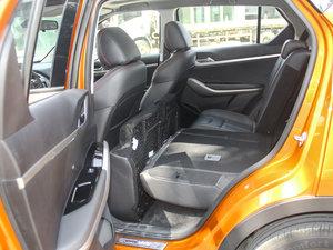 2017款1.6L CVT旗舰型 后排座椅放倒