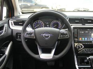 2017款1.6L CVT旗舰型 方向盘