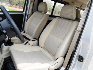 2014款1.5L 手动标准型 前排座椅