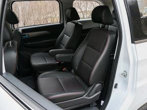 2017款1.5L 旗舰型 后排座椅