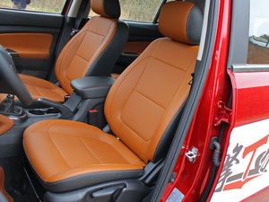 2017款1.5T 手动豪擎版 前排座椅