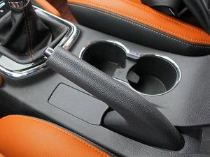 2017款1.5T 手动豪擎版 驻车制动器