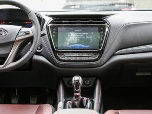 2017款1.5T 手动豪享型  中控台