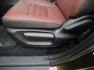 2017款1.5T 手动豪享型  座椅调节