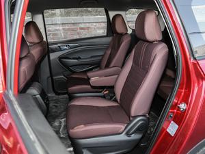 2017款1.5T 自动舒适型 后排座椅