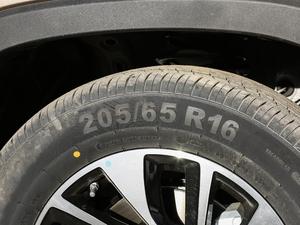 2018款1.5L 手动豪华型 轮胎尺寸
