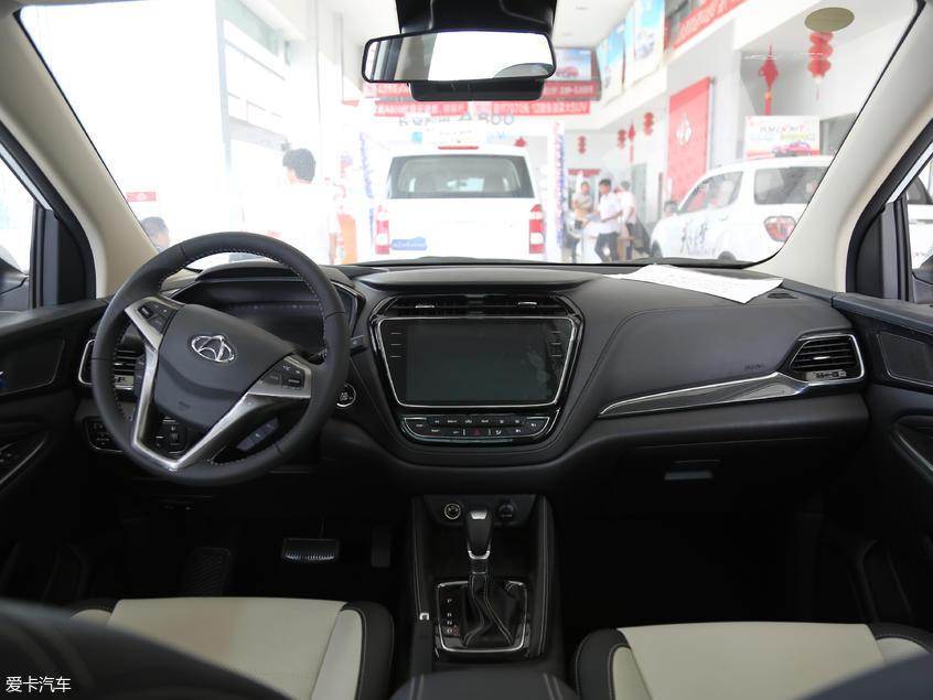 长安汽车2018款长安欧尚A800