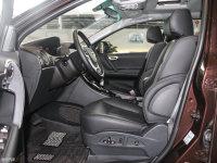 空间座椅大7 SUV前排空间