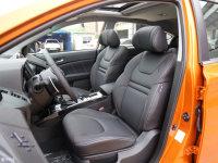 空间座椅优6 SUV前排座椅