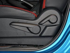 2017款1.6L CVT爵士APA版 座椅调节