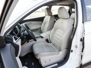 2017款2.0L CVT领尚版 前排座椅