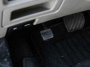 2017款2.0L CVT领尚版 驻车制动器