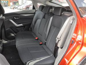 2017款2.0L 手动风尚版 后排座椅