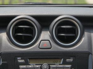 2016款1.2L 手动优享版 空调出风口