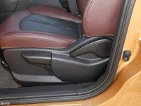 空间座椅启辰T70X座椅调节