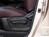 空间座椅启辰M50V座椅调节