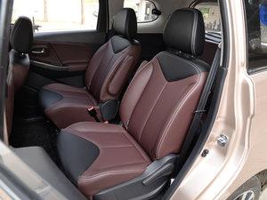 2017款1.6L XV CVT尊享版 后排座椅
