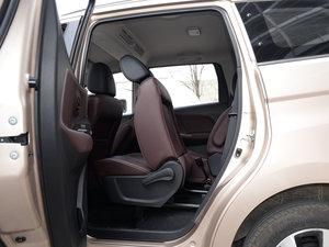 2017款1.6L XV CVT尊享版 后排座椅放倒
