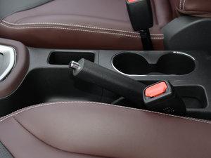 2017款1.6L XV CVT尊享版 驻车制动器