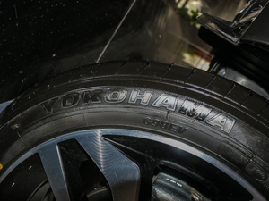 2018款2.0L CVT智联智尚版 轮胎品牌