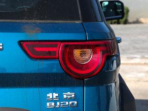 2016款1.5T CVT豪华型 尾灯