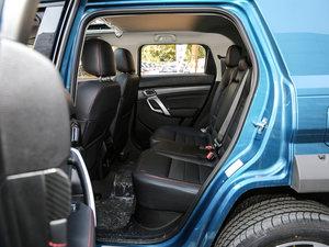 2016款1.5T CVT豪华型 后排空间