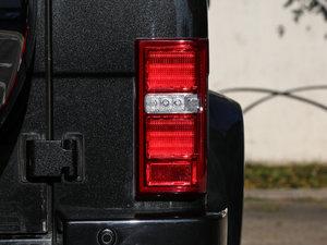 2016款2.3T 自动四驱尊贵版 尾灯