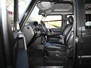 2016款2.3T 自动四驱尊贵版 前排空间