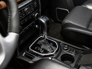 2016款2.3T 自动四驱尊贵版 变速挡杆