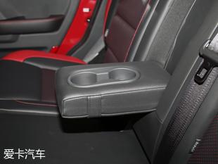 北京汽车2017款BJ40