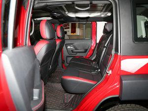 2017款L 2.3T 自动环塔冠军版  后排空间