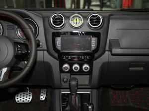 2017款L 2.3T 自动环塔冠军版  中控台