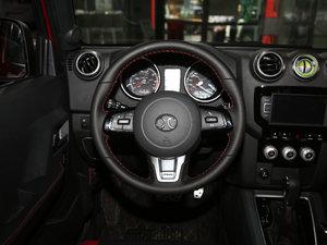 2017款L 2.3T 自动环塔冠军版  方向盘