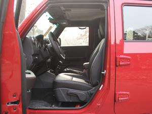 2018款L 2.0T 手动尊贵版 柴油 前排空间
