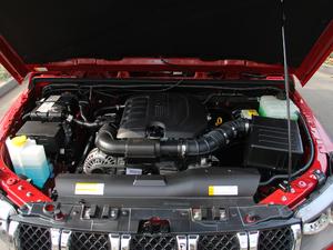 2018款L 2.0T 手动尊贵版 柴油 发动机