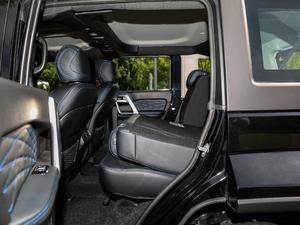 2018款PLUS 2.3T 自动四驱旗舰版 后排座椅放倒