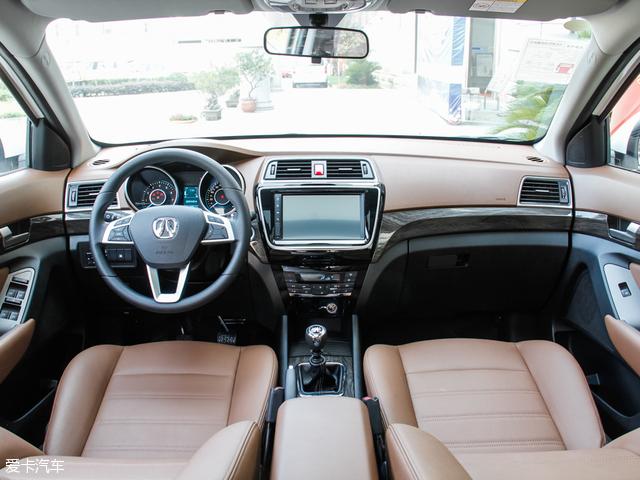 北汽威旺2016款威旺S50