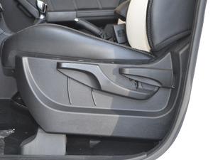 2017款1.5L 手动铂金版 座椅调节