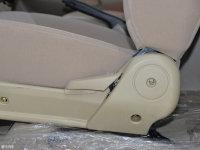 空间座椅雄师F16座椅调节