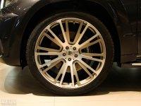 细节外观巴博斯 M级轮胎