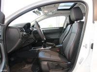 空间座椅观致3轿车前排空间