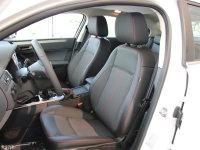 空间座椅观致3轿车前排座椅