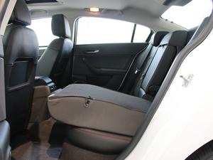 2018款1.6L DCT尊贵型 后排座椅放倒