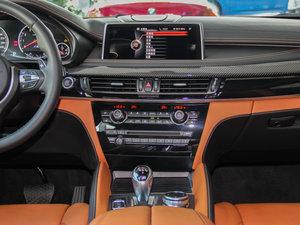 2015款4.4 V8 中控台