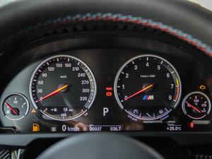 2015款4.4 V8 仪表