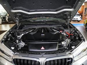 2015款4.4 V8 发动机