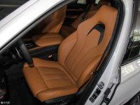 空间座椅宝马X5 M前排座椅