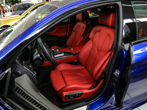 2015款Gran Coupe 前排座椅